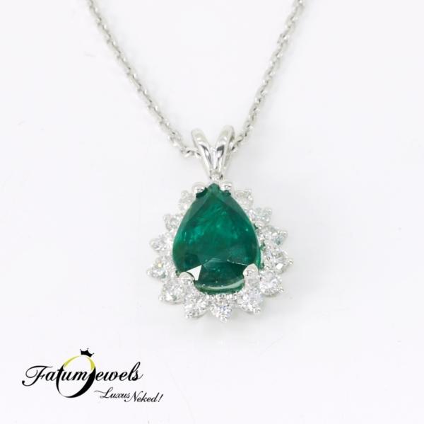 feherarany-gyemant-smarag-medal-lanccal-sm11-0-63ct-w-vs1-si2-smaragd-2-21ct-hi-18k-1