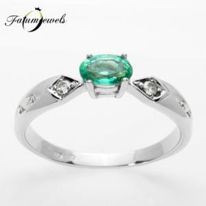feherarany-gyemant-smaragd-gyuru-er323-0-105ct-w-vs1-smaragd-0-40ct-mi-14k-2