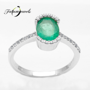 feherarany-gyemant-smaragd-gyuru-sgy06-gyemant-0-17ct-w-vs1-smaragd-1-19ct-mi-18k-2