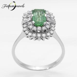feherarany-gyemant-smaragd-gyuru-sgy20-gyemant-1-01ct-w-vs2-si2-smaragd-1-42ct-mi-14k-2