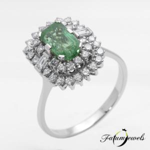 feherarany-gyemant-smaragd-gyuru-sgy20-gyemant-1-01ct-w-vs2-si2-smaragd-1-42ct-mi-14k-1