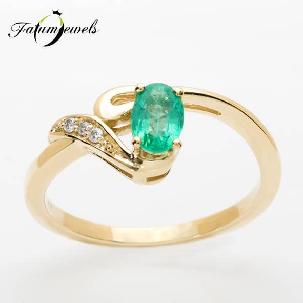 sarga-arany-gyemant-smaragd-gyuru-er314-0-024ct-w-vs1-smaragd-0-50ct-mi-14k