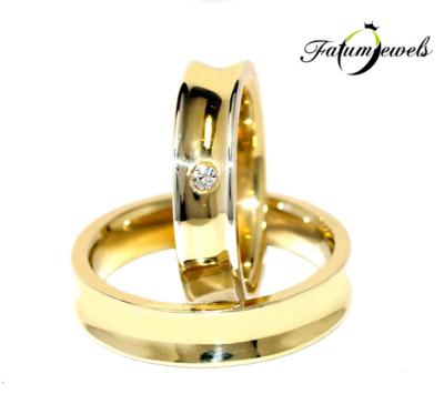 sarga-arany-karikagyuru-s050-0-035ct-tw-vvs1-14k