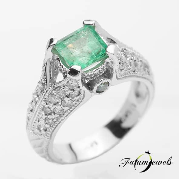 feherarany-gyemant-smaragd-gyuru-agy178-gyemant-0-68ct-h-j-si1-i2-0-10ct-azurkek-i1-i3-smaragd-1-49ct-hi-14k-1