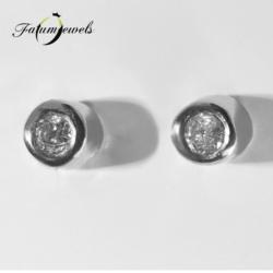 feherarany-gyemant-fulbevalo-ff18-0-028ct-tw-vs1-14k