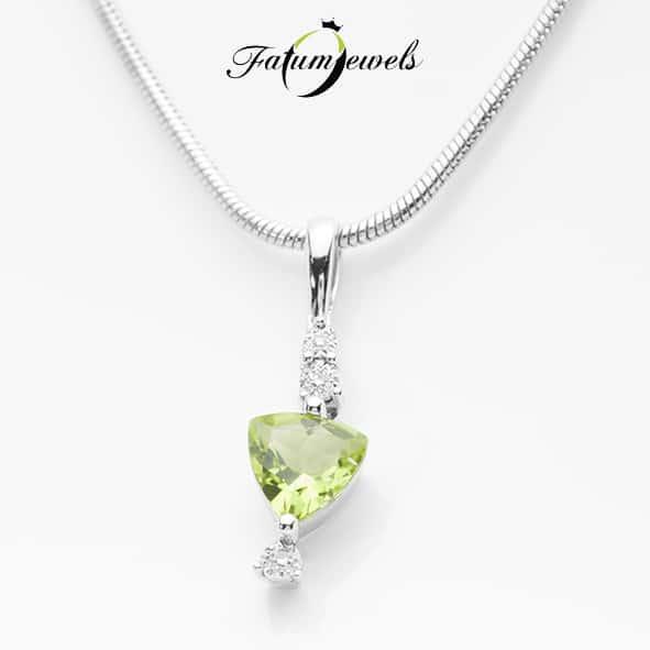 -drágakő: Gyémánt (valódi, természetes) -tömeg: 0,01ct -csiszolás: akánt -tisztaság: VS1 -szín: H / Wesselton / fehér